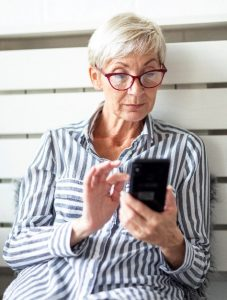 Mature Adults Tech Training - iPhone X Touch Features