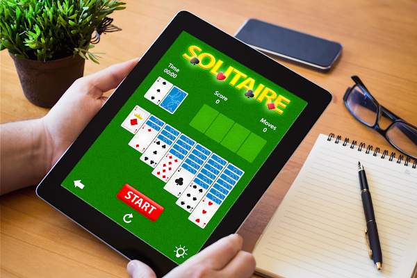 Mature Adults Tech Training - Games on Tablets - Solitaire, Crosswords, Sudoku and 1000's More