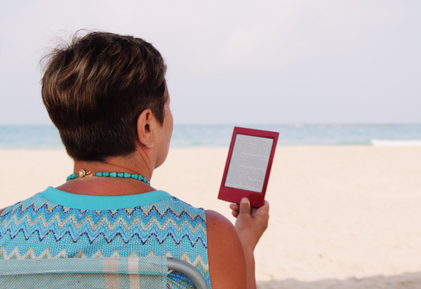 Mature Adults Tech Training - Holiday Gifts 2020 Tablets Make Travel Easier for Book Lovers on the Go
